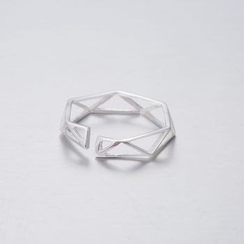 Yiustar New New Trendy Triangle Ring Women Jewelry Punk Geometric Triangle Adjustable Ring for Women